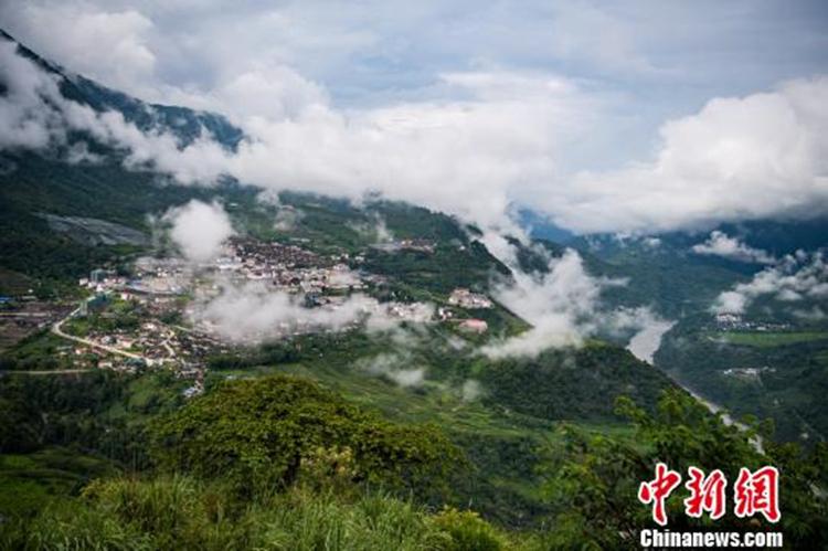 景美路通茶飘香——西藏墨脱县发展小记