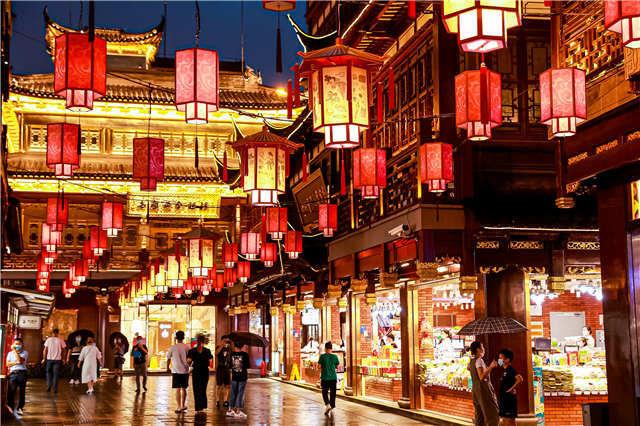 """国际消费中心城市的""""变变变"""":带上AR游豫园,数字化商圈挖出老字号潜能"""